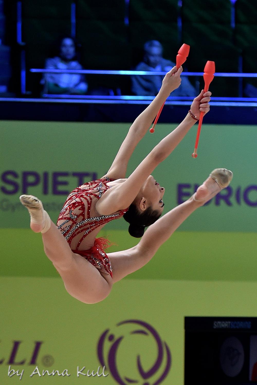 """Едва четвърто място за огнената """"Кармен"""" на Ева Брезалиева, исторически медал за Унгария"""