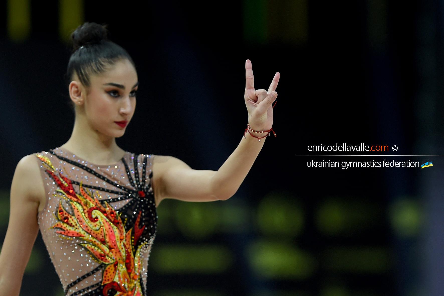 Бронзов медал за Ева Брезалиева във финала на въже след контестация (ВИДЕО)
