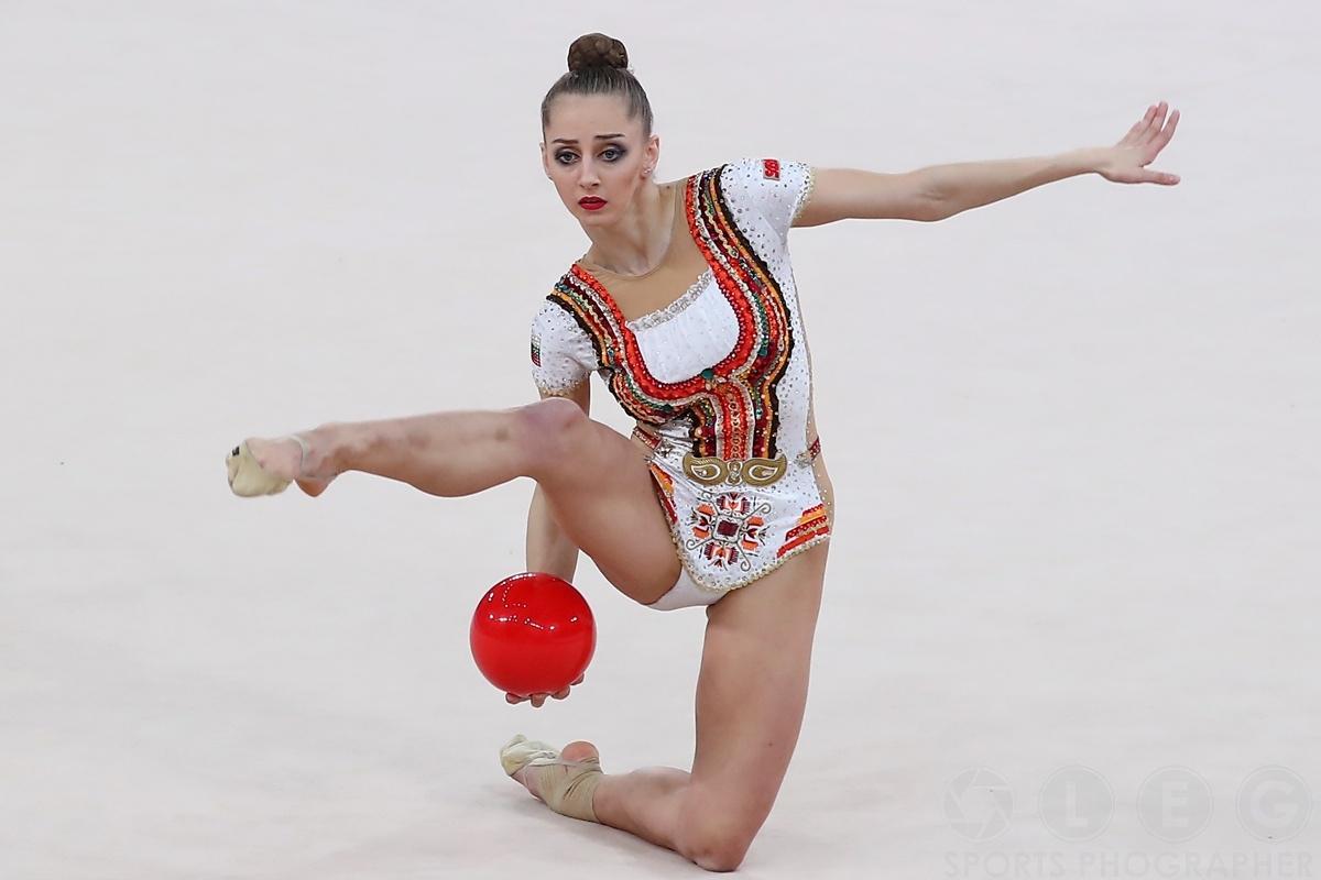 Боряна Калейн води след първата група в София