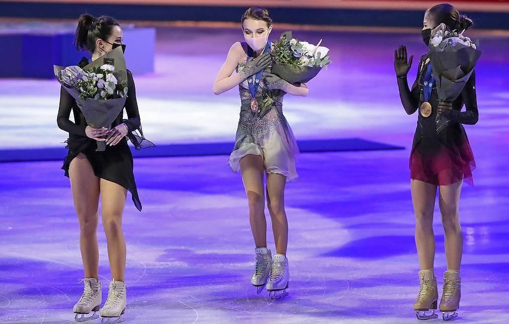 Кой взе олимпийска квота във фигурното пързаляне и каква каша стана при мъжете