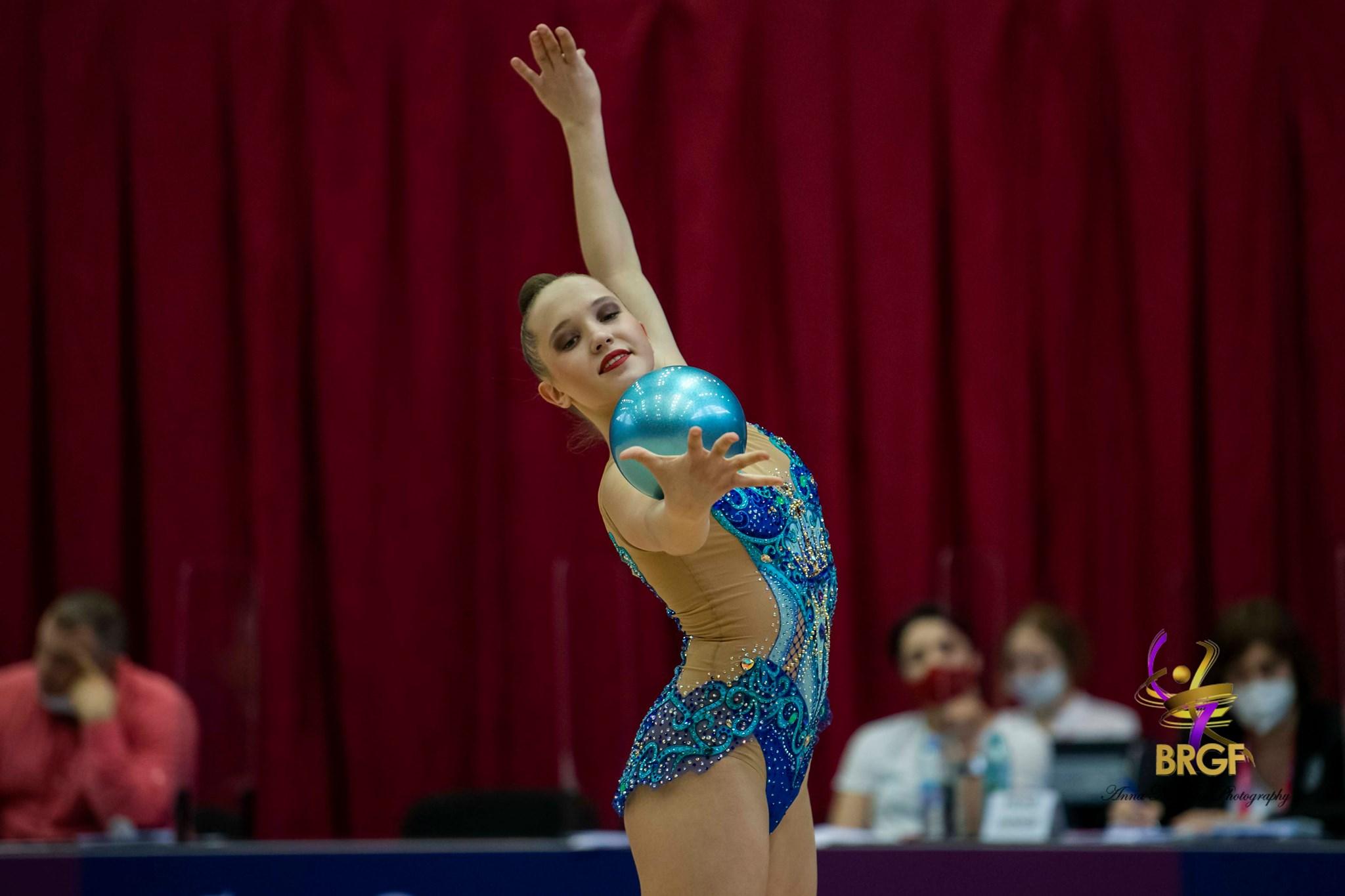 Татяна Воложанина с финал на топка в първата си Световна купа
