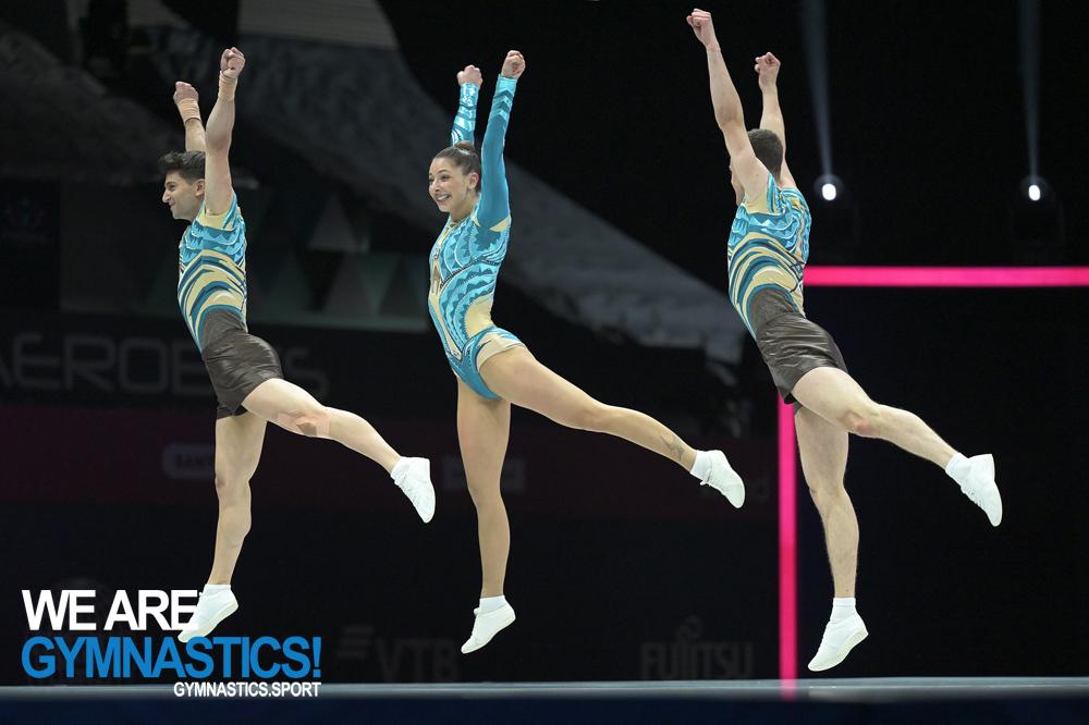 Голям успях! България със световни шампиони по акробатика