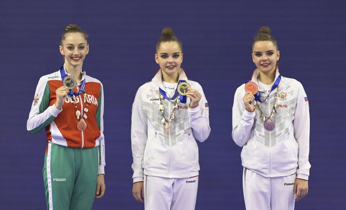Три двойки близначки в гимнастическия турнир на Олимпиадата