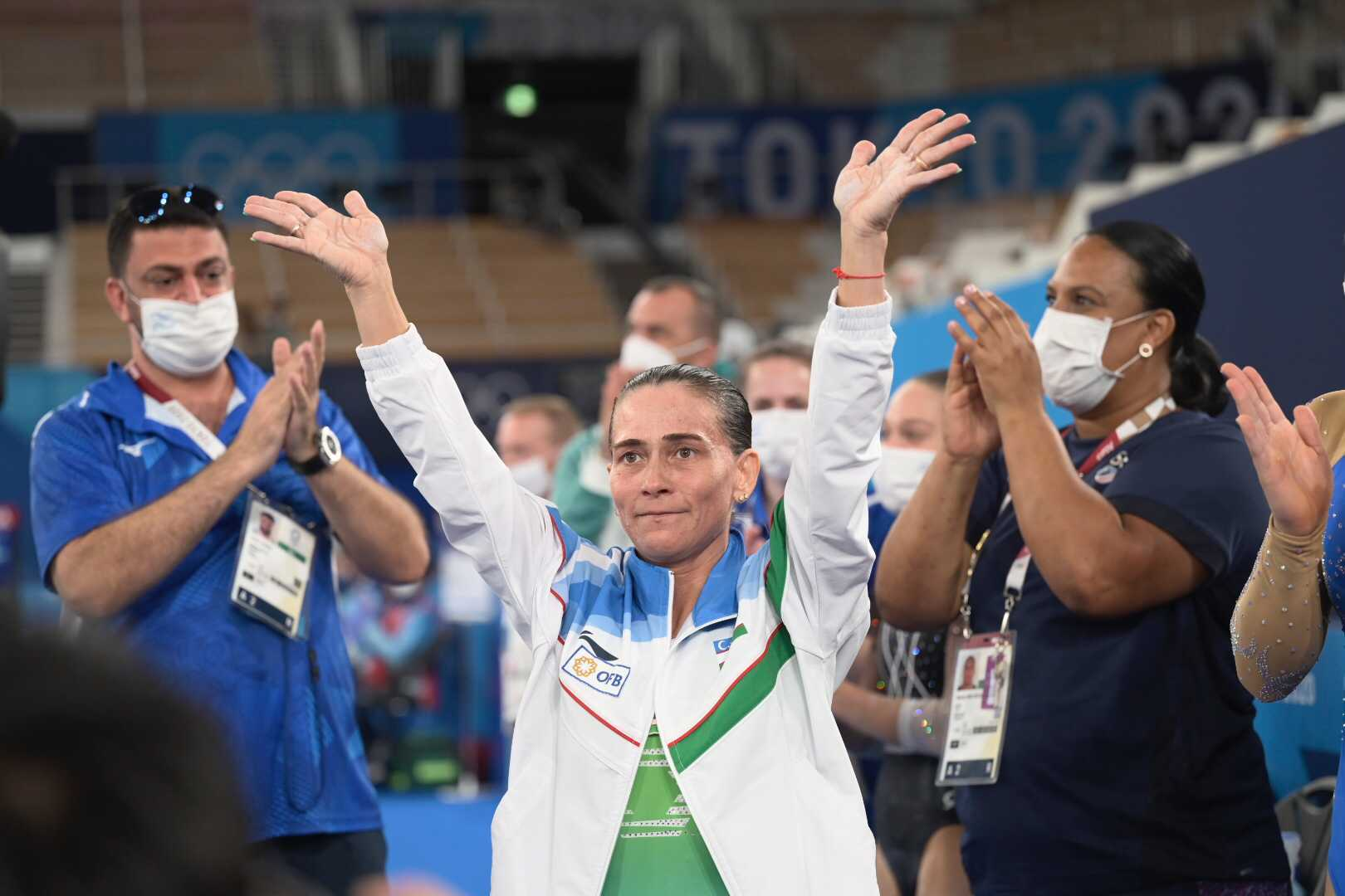 Достоен финал, светът на гимнастиката изпрати Оксана Чусовитина на крака